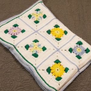 Vintage Cheerful Crocheted Floral Baby Blanket